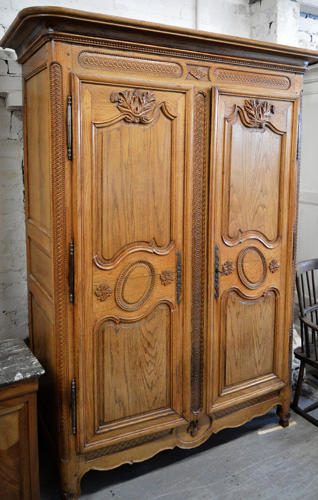 Beautiful 18thC solid carved Oak Rouen Marriage armoire