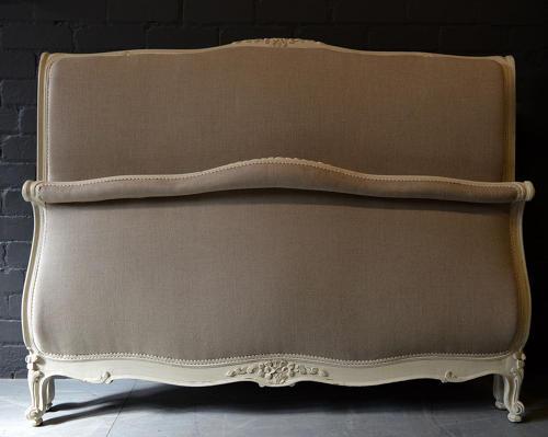 King size Upholstered Lit Bateau