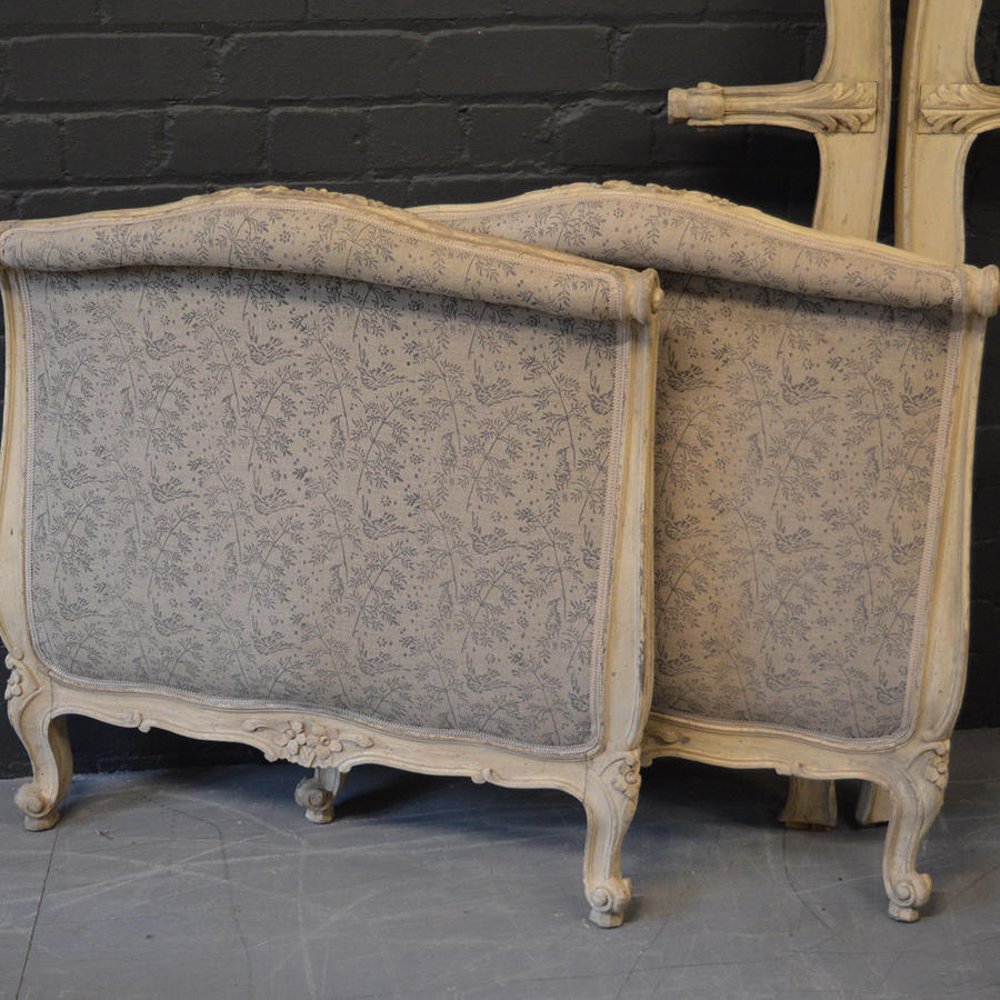Louis XV single Lit Bateau day bed
