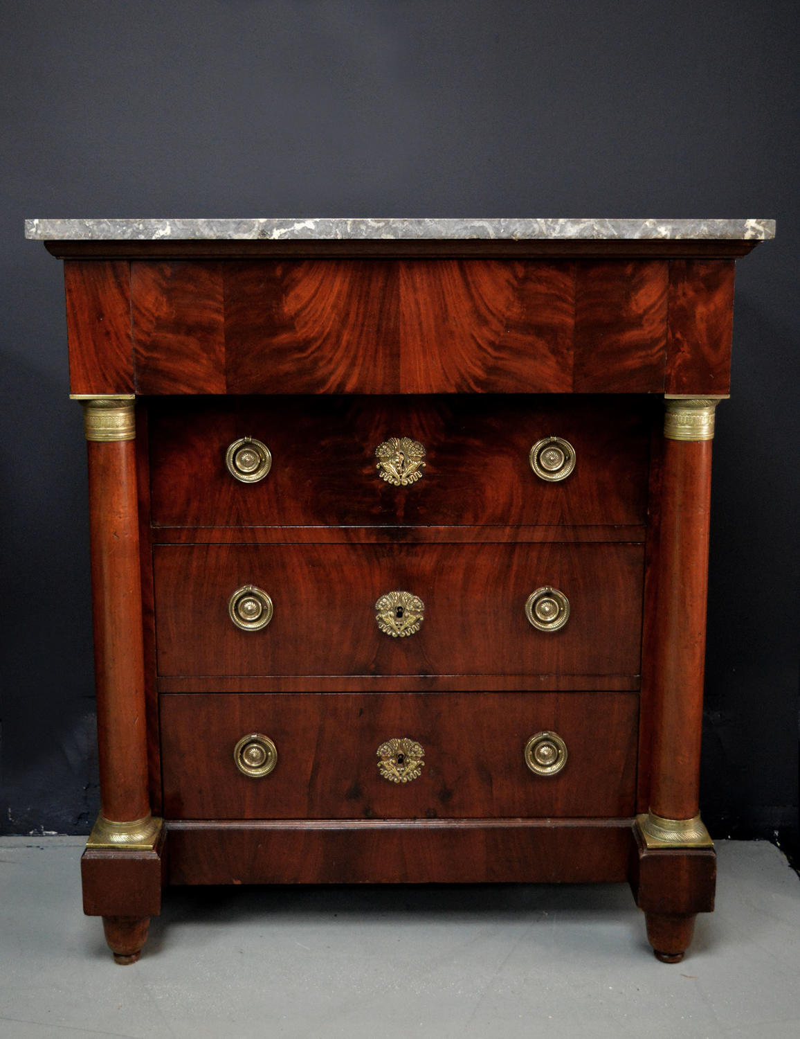 Small 3/4 size 19thC Empire Commode