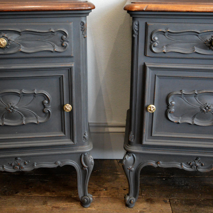 Pair of Walnut Louis XV style bedside cabinets