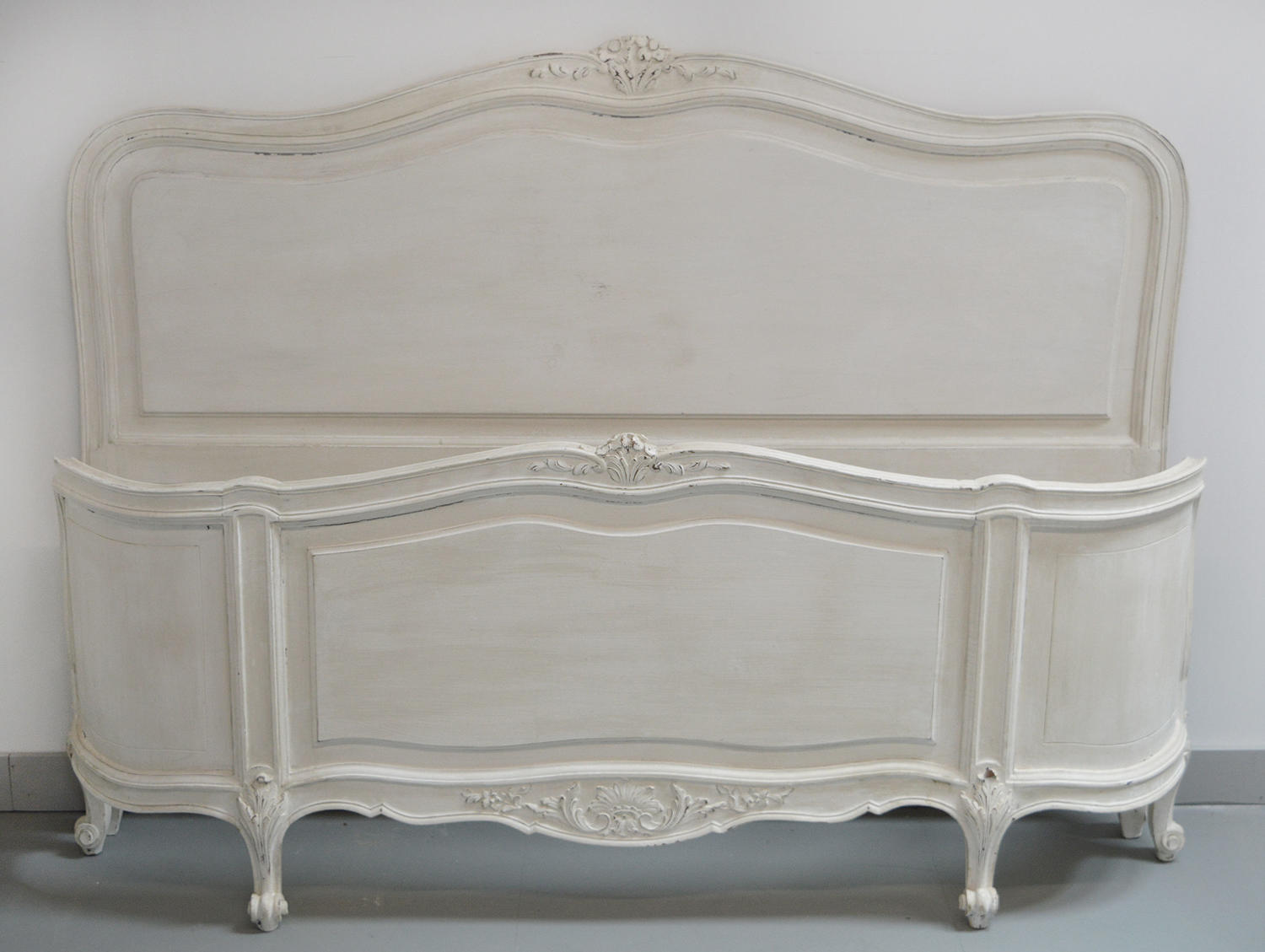 King size Louis XV style curved end bedstead
