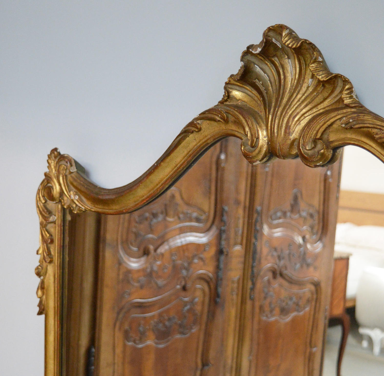 Large Italian Gilt-wood over mantle mirror
