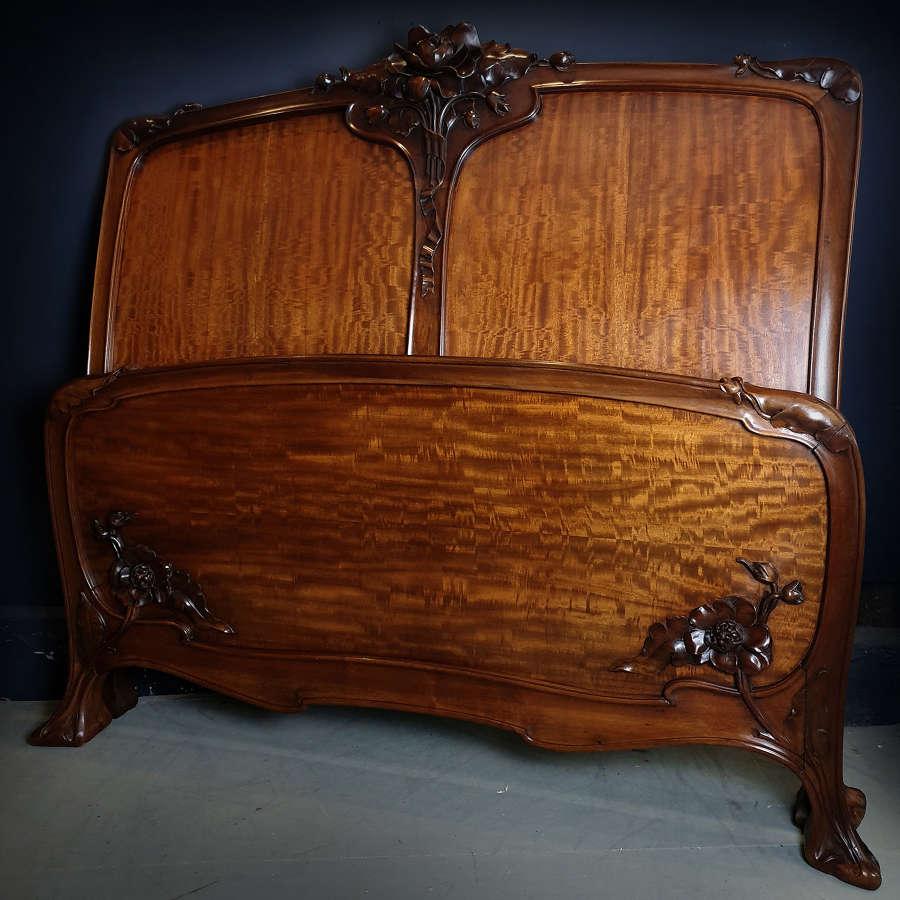 High Art Nouveau c1900 walnut & quartered mahogany double bedstead