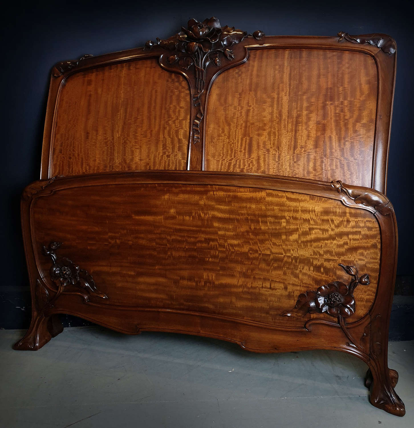 High Art Nouveau c1900 walnut & quartered mahogany double bedstead
