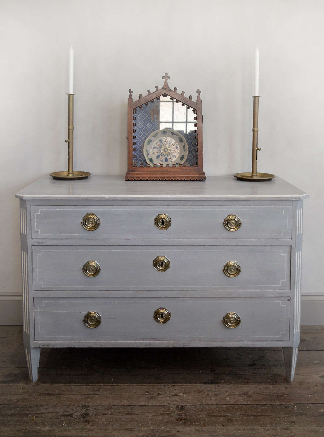 Late 18th Century Swedish Gustavian Painted Commode