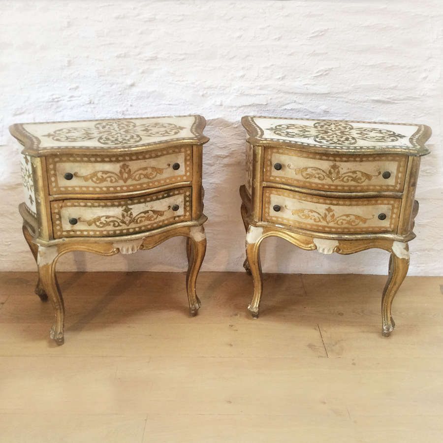 Pair of Venetian Gilt bedside chests of drawers