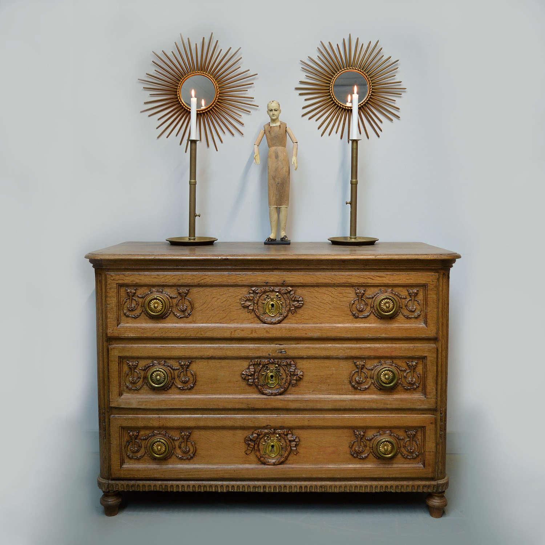 Fine 18th Century Flemish oak Louis XVI commode