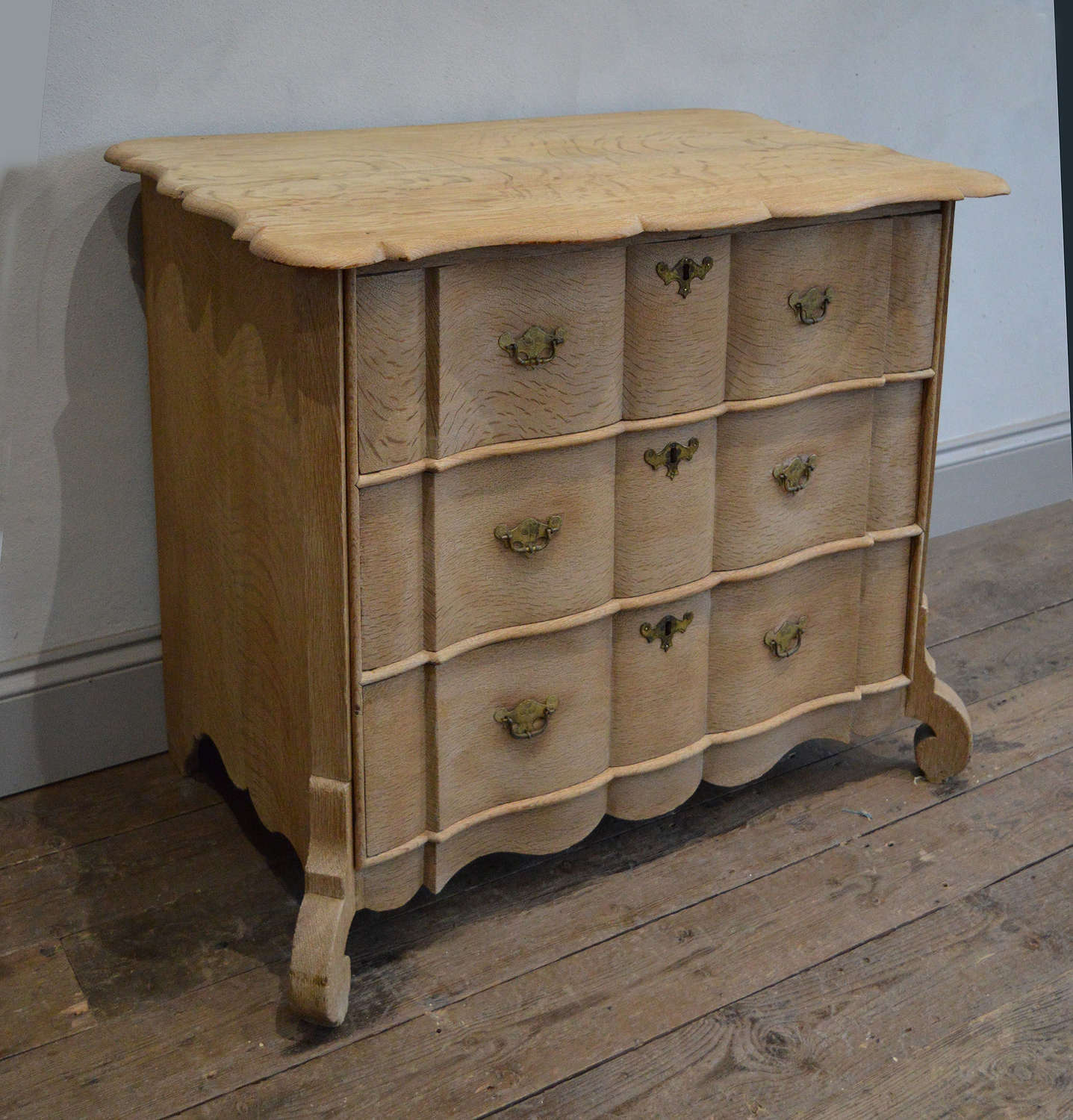 Small 18th Century Dutch Serpentine fronted Commode