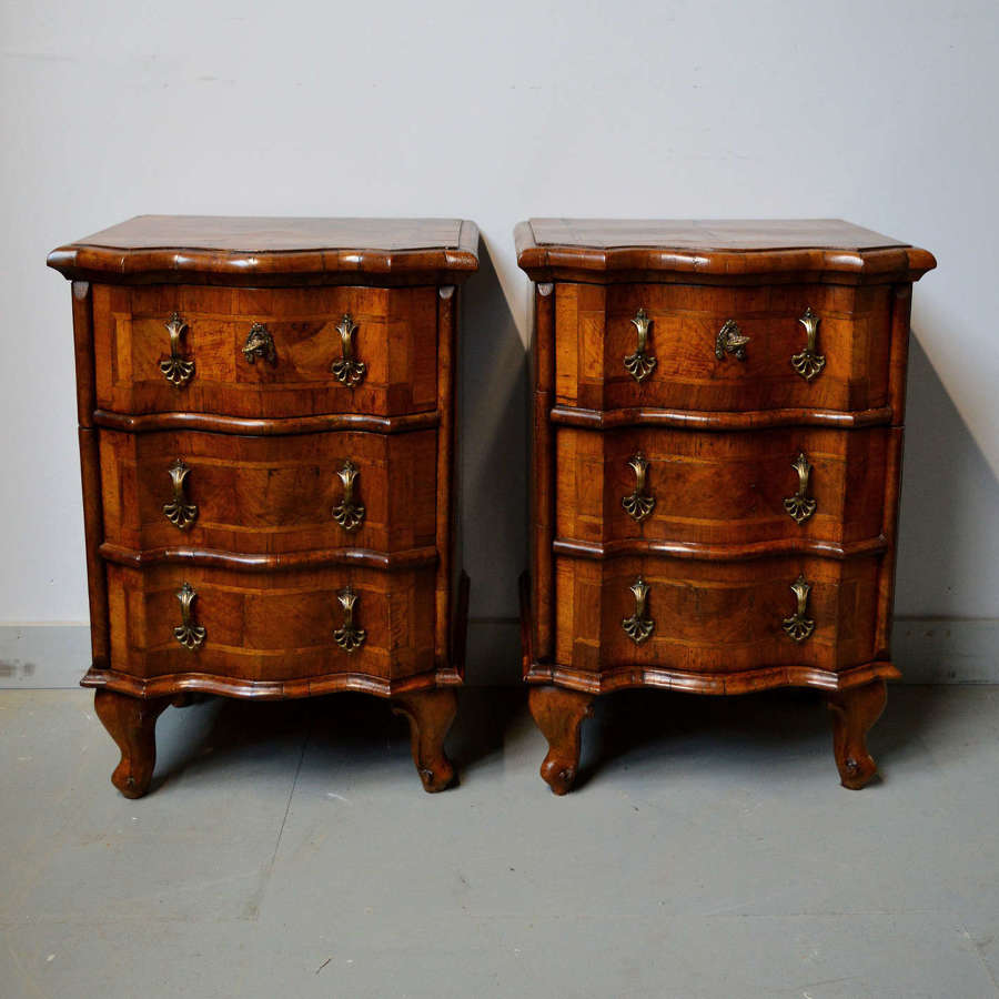 Pair of 19thC Italian walnut bedside cabinets