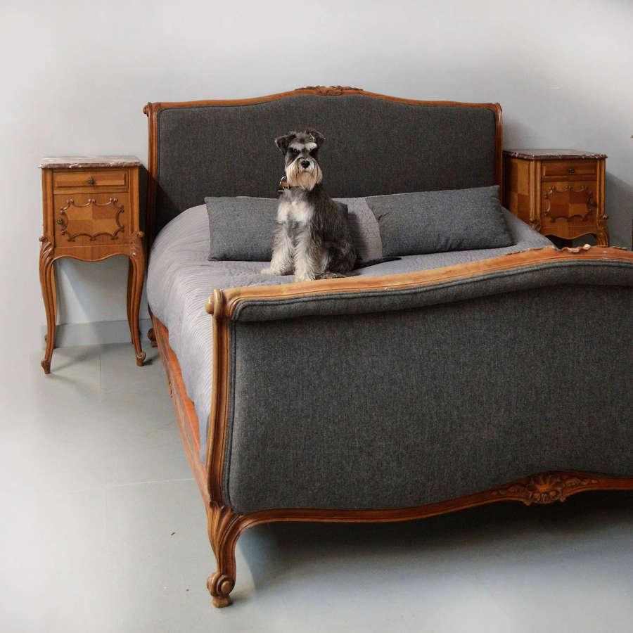 King size Upholstered Lit Bateau Bedstead