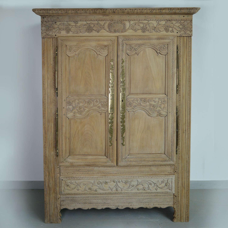 Breton Quimper Marriage armoire dated 1901