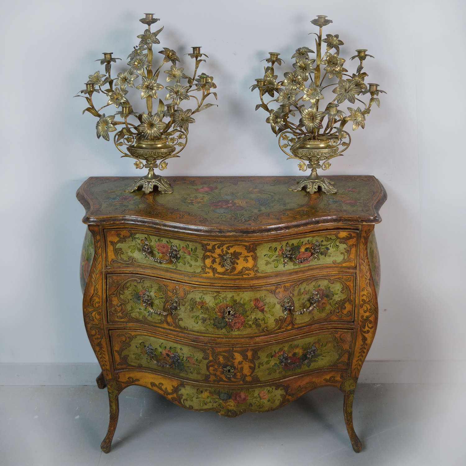 19th Century Venetian Louis XV style commode