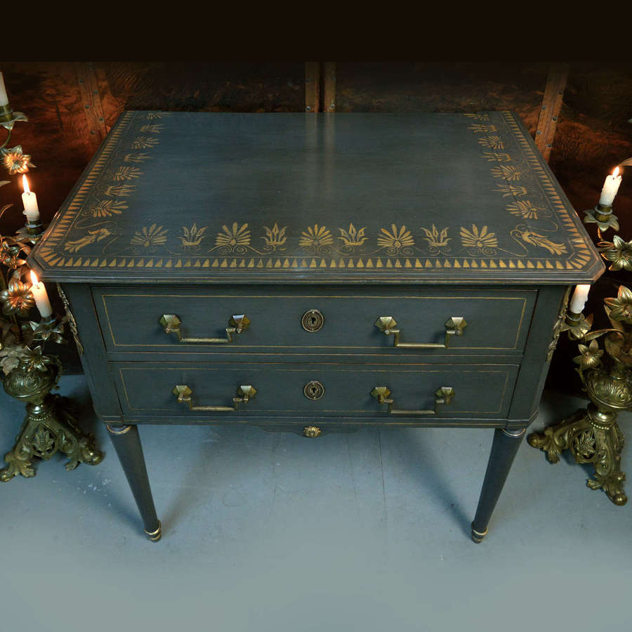 Small early 19th century Directoire Commode